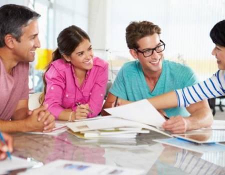 Ajudar professores, coordenadores, pedagogas e diretores a terem melhores resultados acadêmicos. Melhores números no ENEM.
